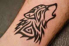 Tatouage loup : Découvrons ensemble une compilation et la signification des plus beaux motifs et modèle de tattoos ayant pour thème le loup et du loup garou