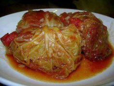 SLOW COOKER CABBAGE ROLLS -- Peel off 8-12 cabbage leaves from head & place in micro dish. Cover with water, micro-high 2 min. Mix 8 oz. can tomato sauce, 1 egg, 1 lb. turkey or beef, 1/2 c. uncooked brown /white rice, 1 pkg. onion soup mix, 1/3 c. Parmesan cheese, mix well w/ fingers. Cooking spray crock pot. Roll a ball of meat into each cabbage leaf, place on bottom of crock pot seam side down. Continue until meat mix is gone. Pour 3 c. Tomato Juice on top. Cook-low 6-8 hours. Crockpot Dishes, Crock Pot Slow Cooker, Crock Pot Cooking, Slow Cooker Recipes, Beef Recipes, Cooking Recipes, Healthy Recipes, Delicious Recipes, Cooking Chef