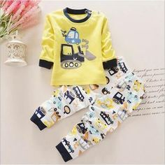 e9abf469bfb0e Pyjamas Bébé Garçon Fille en Coton Ensemble de Sous-vêtement 1-4 ans  Imprimé d une Bêcheuse Jaune. Cdiscount · Mode enfant