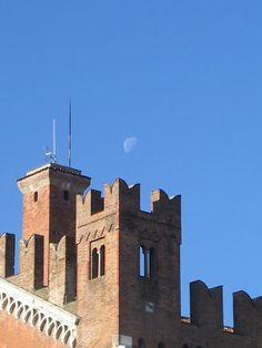 Il Gotico e la luna - Foto Federica Segalini
