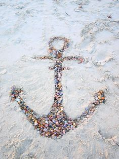 anchor - @Maggie Moore Moore Hayes THis would be so amazing on the beach! For pics and/or the beach wedding! LOVE!