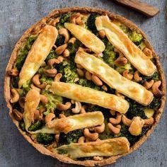 Deze broccolibrietaart staat vandaag online! Zie link in de bio!hellip