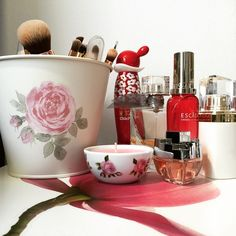 B & B, About Me Blog, Make Up, Candles, Instagram Posts, Flowers, Beauty, Makeup, Candy