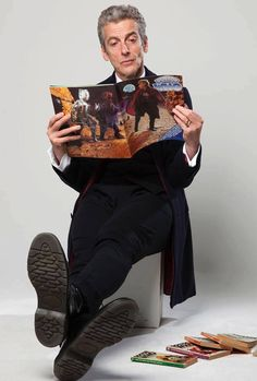 Peter Capaldi reading Doctor Who magazine...