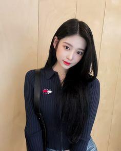 Best Filters For Instagram, Hair Arrange, Cute Korean Girl, Kim Min, Daily Photo, Ulzzang Girl, Pretty Woman, Kpop Girls, Yuri