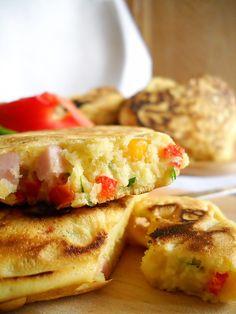 Bucataresele Vesele-retete culinare,retete ilustrate: Clatite americane cu sunca si legume