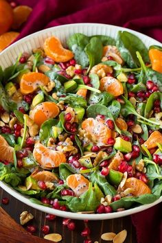 Mandarin Pomegranate Spinach Salad with Poppy Seed Dressing – Cooking Classy Mandarine Pomegranate Spinach Salad with Poppy Seed Dressing Salad Dressing Recipes, Pasta Salad Recipes, Healthy Salad Recipes, Vegetarian Recipes, Cooking Recipes, Salad Dressings, Clean Eating, Healthy Eating, Summer Salads