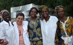 """Claudia Ermeninto conoció Africa cuando tenía 24 años y era una de las más jóvenes integrantes de Médicos Sin Frontera. Allí vio la cara más negra de la guerra y de las epidemias generadas por la pobreza. También se enamoró de la profunda humanidad de la gente que puebla el """"continente negro""""."""