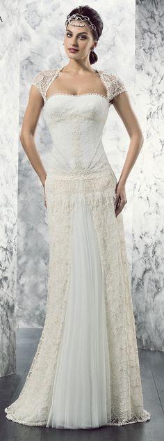 ¡Nuevo vestido publicado!  valerio luna mod. VL 5635 ¡por sólo 1200€! ¡Ahorra un 29%!   http://www.weddalia.com/es/tienda-vender-vestido-novia/valerio-luna-mod-vl-5635/ #VestidosDeNovia vía www.weddalia.com/es