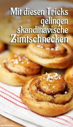 """Zimtschnecken gehören zum Standard-Repertoire in skandinavischen Bäckereien, haben sie hier doch fast jahrhundertelange Tradition. Mit welchen Tricks die Zimtschnecken so richtig gut werden und warum die dänische Variante von der EU beinahe verboten wurde, lesen Sie in unserer Food-Kolumne """"Friederikes Weltspeisen"""". Dazu gibt es ein original schwedisches Rezept. Swedish Recipes, Sweet Recipes, Sweet Cooking, Scandinavian Food, Traditional Cakes, Mini Muffins, Food Humor, No Bake Cake, Baking Recipes"""