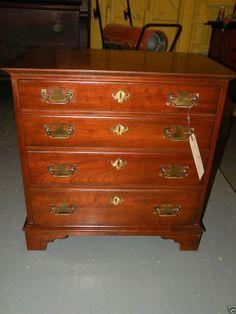 Antique bedroom furniture full/queen pineapple post bed ...