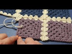 Granny Square Blanket Crochet Along Part 7 – Adding your set of 8 squares – Granny Square Sunburst Granny Square, Granny Square Blanket, Granny Square Crochet Pattern, Crochet Squares, Crochet Granny, Blanket Crochet, Crochet Yarn, Crochet Stitches, Knitting Patterns