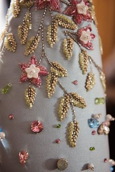 Georges Hobeika : Backstage - Paris Fashion Week - Haute Couture Spring Summer - Julia Home Tambour Beading, Tambour Embroidery, Hand Work Embroidery, Couture Embroidery, Embroidery Fashion, Beaded Embroidery, Bead Embroidery Tutorial, Bead Embroidery Patterns, Hand Embroidery Designs