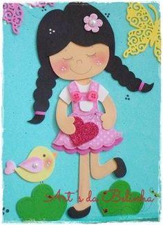 Turminha do Yuri: Boneca de Trança Diary Decoration, Class Decoration, Paper Crafts For Kids, Foam Crafts, Carnival Crafts, Felt Doll Patterns, Felt Quiet Books, Decorate Notebook, Doll Tutorial