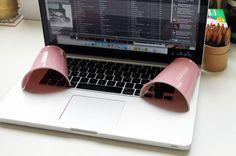 Cómo amplificar el sonido del portátil a muy bajo precio.