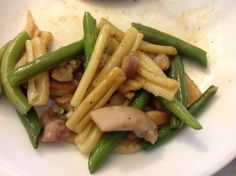 Stir fry pasta, chicken & green beans in soy sauce