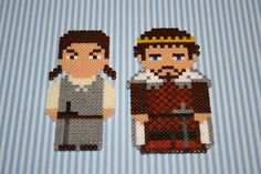 Arya and Robb Stark - Game of Thrones magnets hama perler bead sprites by DecorarteLeon