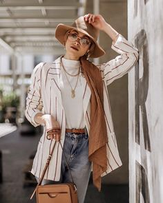 Cool Summer Hijab Outfit Ideas with Wide-Brim Hat – Girls Hijab Style & Hijab Fashion Ideas Hijab Fashion Summer, Street Hijab Fashion, Muslim Fashion, Modest Fashion, Fashion Outfits, Fashion Fashion, Fashion 2020, Modest Dresses, Modest Clothing