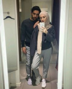 aya mahovi Cute Muslim Couples, Cute Couples Goals, Niqab, Muslim Couple Photography, Casual Hijab Outfit, Hijab Fashion Inspiration, Muslim Hijab, Girl Hijab, Couple Outfits