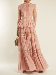 Shop our edit of women's designer Dresses from luxury designer brands at MATCHESFASHION Classy Outfits, Pretty Outfits, Pretty Dresses, Hijab Fashion, Fashion Dresses, Gown Pattern, Couture Dresses, Ladies Dress Design, Elie Saab
