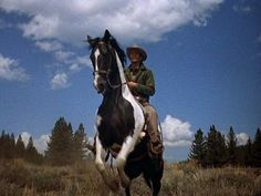 Bonanza - Little Joe and Cochise. Series Movies, Movies And Tv Shows, Tv Series, Bonanza Tv Show, Indian Horses, Michael Landon, The Virginian, Tv Westerns, Western Movies