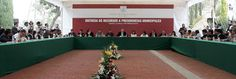 Contextos Regionales: GASTAR MEJOR Y SER MÁS EFICIENTES:MARCO MENA A PRE...