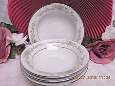 Wyndham Japan China Dinnerware Penrose Pattern #394 1 Fruit bowl  #Luxury #Dinnerware, #Crystal, #cupcake #glass #tabletop #handmade #handcrafted #Bath  #Body #products #lotions #bathbombs #Cup #dinner #serving