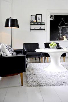 More white floors. Photo by Linda Tallroth-Paananen.
