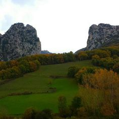 Naturaleza en #Navarra #DosHermanas #Irurtzun (By @alejandramalomena - #Instagram)