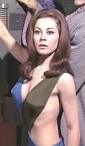 """Andrea (Sherry Jackson) - Star Trek: The Original Series """"What are Little Girls Made Of?"""" (First Broadcast: October Star Trek Cosplay, Sherry Jackson, Star Terk, Erin Gray, Star Trek Original Series, Space Girl, Star Trek Universe, Star Trek Tos, Paramount Pictures"""