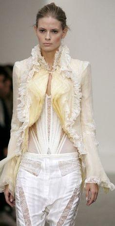 Buttercream Frosting, Champagne, Victorian, Dresses, Fashion, Vanilla, Colors, Vestidos, Moda