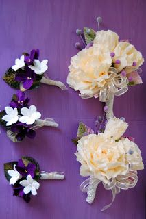 """paper violets in the book """" How to Make 100 Paper Flowers"""" DIY tutorials crepe paper flowers"""