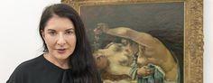 "Marina Abramovic vor dem Gemälde ""Le Reveil""."