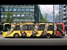 Creative Bus Ads - How else to folks to visit the local zoo?