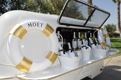 Moet & Chandon Ice Imperial Debuts At The Lacoste Beautiful Desert Pool Party Moet Chandon, Yatch Party, Oyster Festival, Veuve Cliquot, Container Bar, Natural Swimming Pools, Natural Pools, Pop Up Bar, Champagne Bar