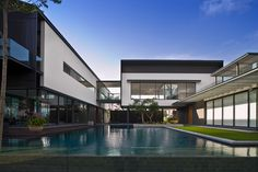 Harbour view Residence in Sentosa, Singapore by SCDA Architects
