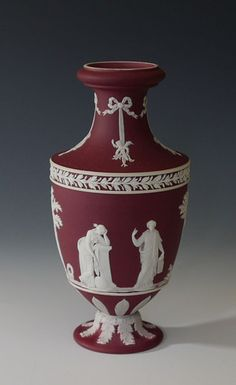 Extremely RARE Early 20th C Wedgwood Crimson Jasper Ware DIP Trophy Vase