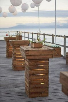 20 Rustic Country Wooden Pallets Wedding Decoration Ideas - Page 2 of 2 - Oh The Wedding Day Is Coming Cocktail Table Decor, Cocktail Tables, Wooden Pallet Furniture, Wooden Pallets, Pallet Bench, Rustic Wedding Centerpieces, Rustic Weddings, Country Weddings, Wedding Decorations