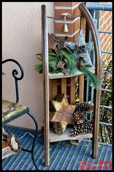Winter decoration in the outdoor area- Winterdeko im Außenbereich Winter decoration outdoors – Karin Urban – Natural STyle - Outdoor Christmas, Christmas Time, Xmas, Natural Christmas, Christmas Yard Decorations, Winter Decorations, Party Decoration, Luge, Christian Cards