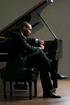Jazz pianist Aaron Diehl.