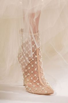It's all about the details - at least when it comes to these gorgeous wedding shoes.