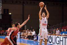 Tommaso Rossetti in azione durante la vittoriosa semifinale di Coppa Italia 2016 Vis Nova Basket - Olimpo Alba