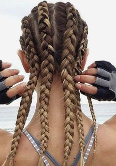 Top 60 All the Rage Looks with Long Box Braids - Hairstyles Trends Box Braids Hairstyles, Sporty Hairstyles, Workout Hairstyles, Braided Hairstyles For Black Women, Trending Hairstyles, Cute Hairstyles, Athletic Hairstyles, Cornrow Hairstyles White, Flip Hairstyle