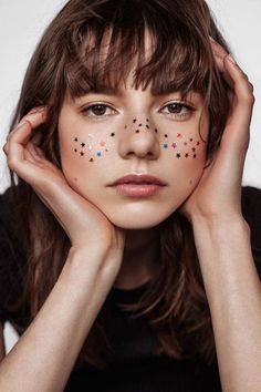 makeup artist claire plekhoff: Your face is fun. Star freckles Festival makeup #festival #makeup