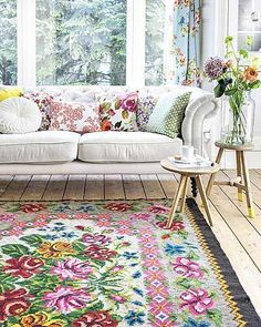 That rug...