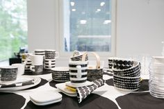 My fave set from Marimekko Kitchenware, Tableware, Marimekko, Kitchen Interior, My Dream Home, Finland, Living Room Furniture, Dinnerware, Merry Christmas