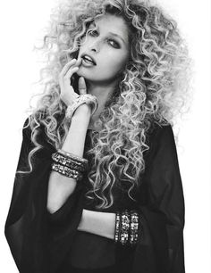 Her hair is incredible!!!!!! It Doesn't  matter the length, texture or definition -curly hair rocks! #officiallynatural