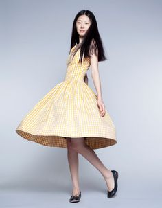 Gingham Full skirt yellow dress. Etsy.