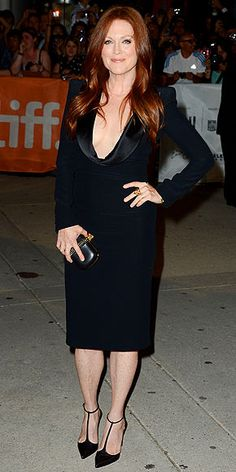 Julianne Moore in Altuzarra                                                                                                                                                      More