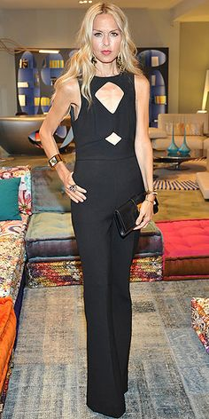 Rachel Zoe in a cutout jumpsuit. Did she have a Double Mastectomy? Spring Couture, Couture Week, Rachel Zoe, Celebrity Red Carpet, Celebrity Style, Teen Girl Fashion, Night Looks, Karen Millen, Color Negra